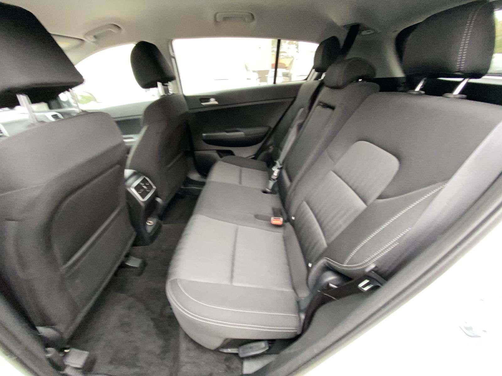 2020 KIA SPORTAGE 4D SUV 2.4L LX* - 9